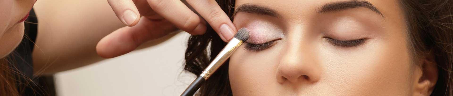 maquillage pro yvrac